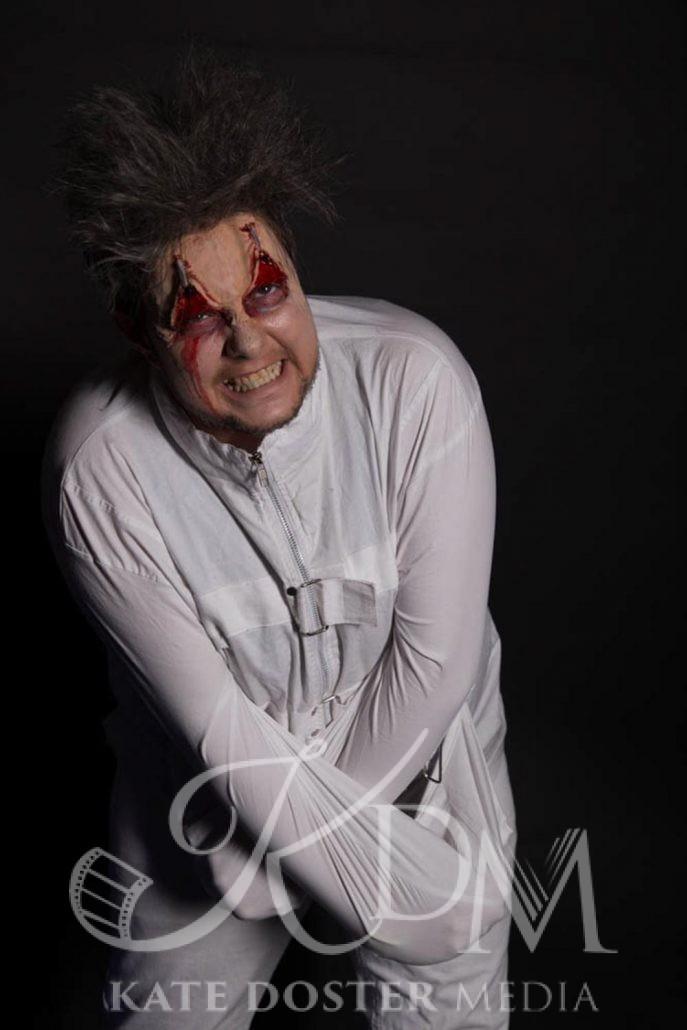 Dominic Von Strap, Halloween Theme